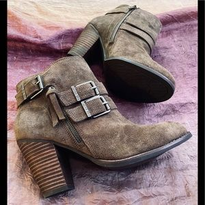 New! Gianni Bini Suede Leather Boots Booties